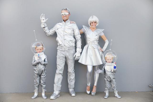 Family halloween costume idea