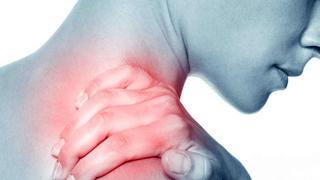 Trị liệu đau vai gáy bằng phương pháp tự nhiên