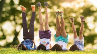 Giúp trẻ nâng cao tự đánh giá bản thân để thành công và hạnh phúc