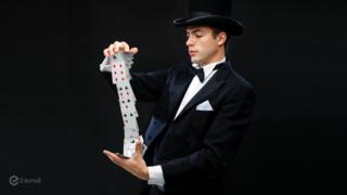 Học ảo thuật đường phố cùng Ảo thuật gia J