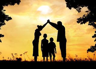 Cùng con lớn lên- Khi cha mẹ trở thành bạn của con