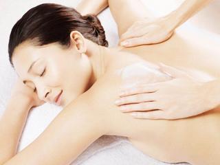 Tắm trắng body từ sản phẩm thiên nhiên hiệu quả không kém đi Spa