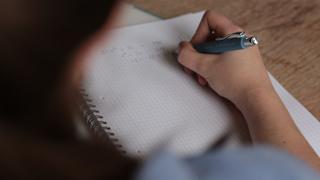 Luyện thi Starters của Cambridge - Bí quyết để đạt điểm tối đa 15/15 khiên