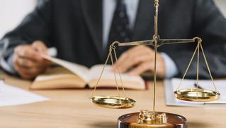 Pháp lý kinh doanh - 160+ Vấn đề cần biết khi khởi nghiệp