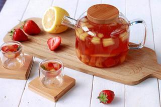 Trọn bộ bí quyết pha chế trà trái cây và trà sữa đập tan nắng hè