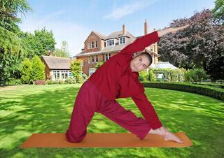 Yoga giữ dáng giảm cân