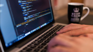 เรียนเขียน Node.js และ JavaScript รุ่นล่าสุด สําหรับผู้เริ่มต้น