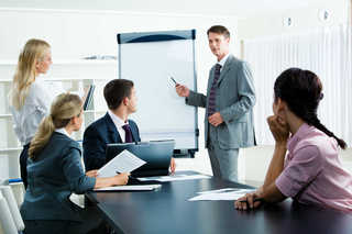 Learn English by topics: At the workplace