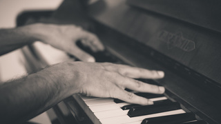 Learn Piano effectively by modern methods